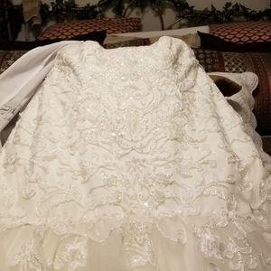 David Bridal Mermaid Wedding dress